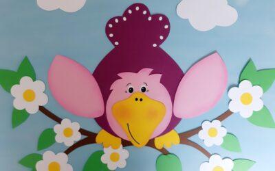 Vogel auf Blütenzweig