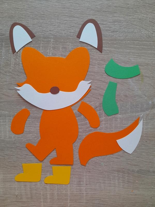 Großer Fuchs aus der Bastelpackung in Einzelteilen