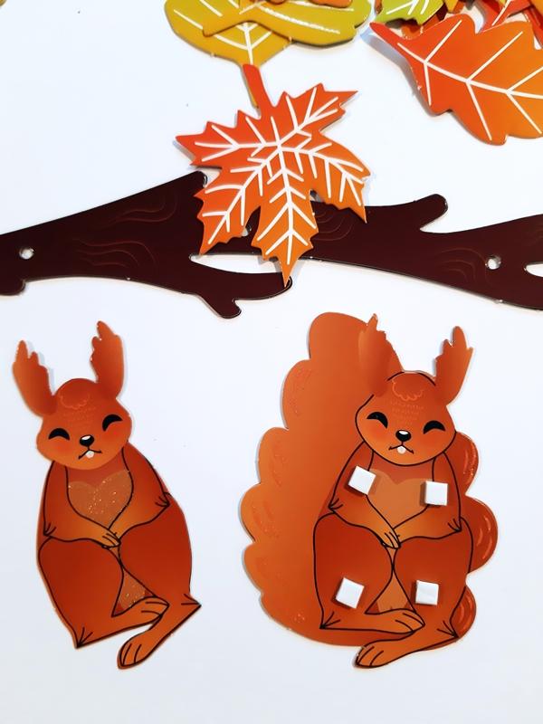 Eichhörnchen wird zusammengeklebt