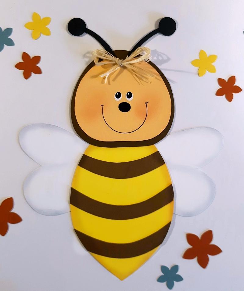 Biene fürs Blumenfenster aus Bastelpapier.