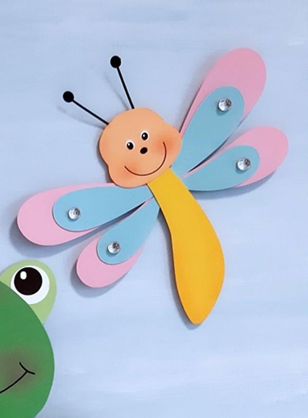 Libelle aus Fotokarton