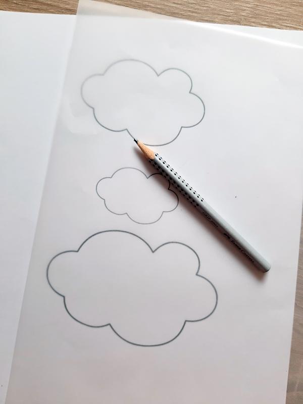 Vorlagebogen von der regenbogen Wolke