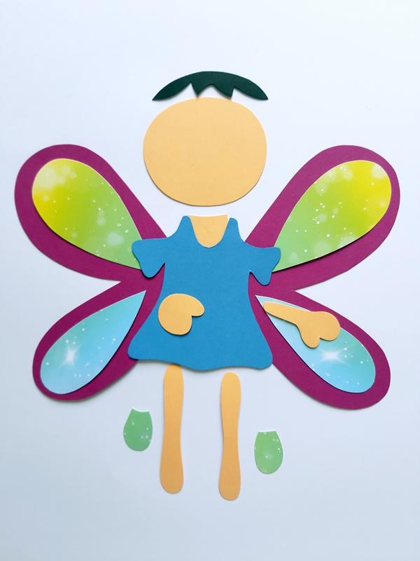 Einzelteile von einem Schmetterling aus Papier