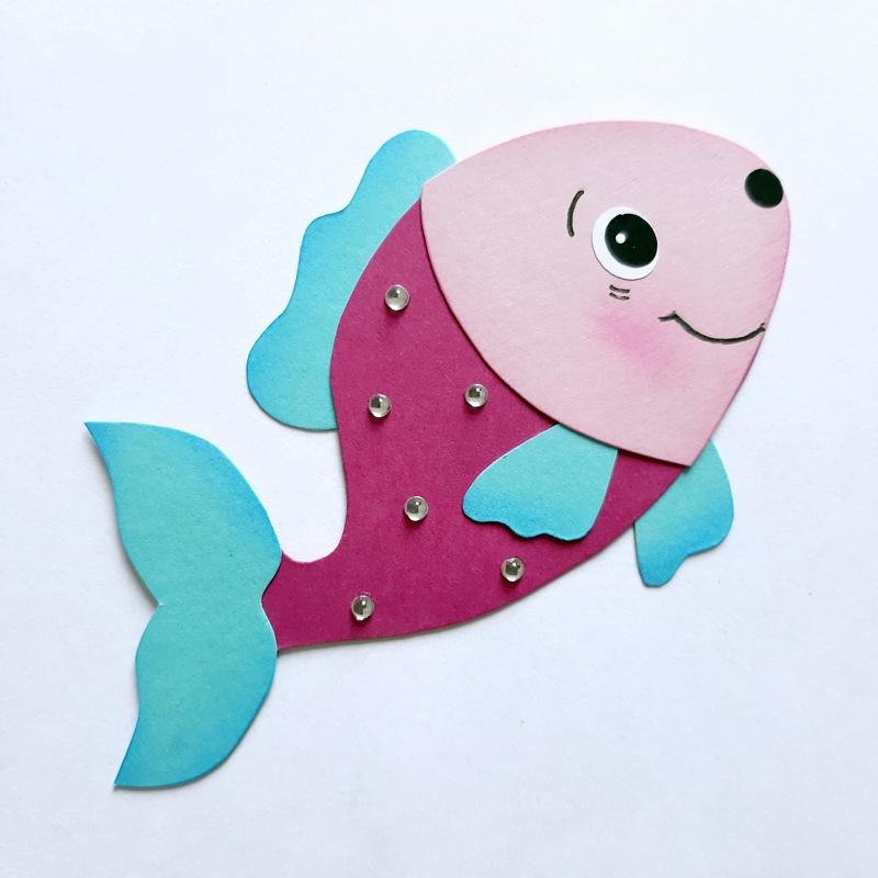 Fisch aus Bastelpapier in rosa-pink-mint