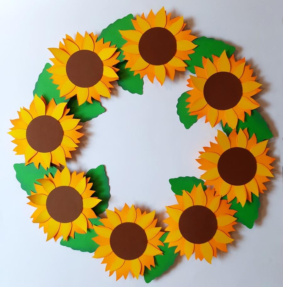 Türkranz aus Sonnenblumen